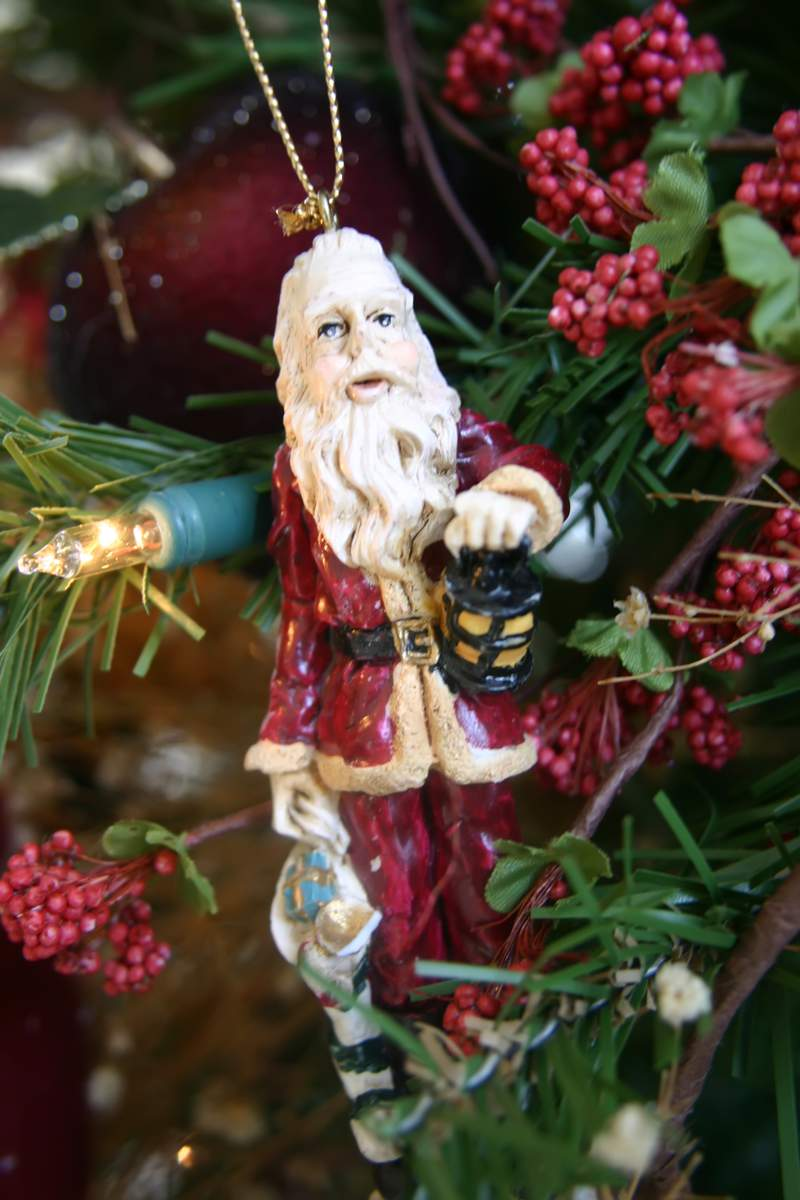 Blog_trimmer_ceramic_santa