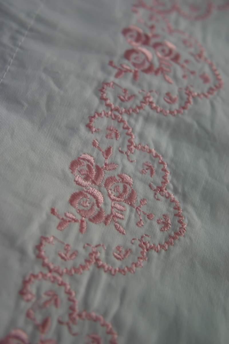 Blog_pillow_pink_rose