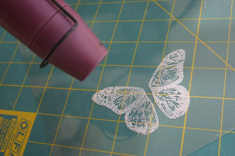 Blog_glitter_butterfly_heat_gun_2
