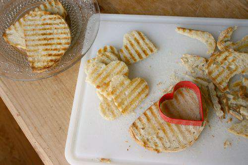 Blog hearts bread cuts