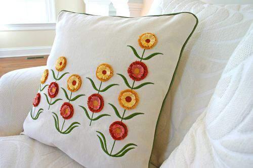 Blog flower pillow piping