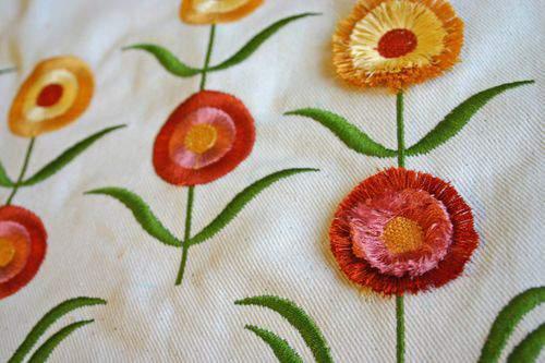 Blog flower pillow wide2
