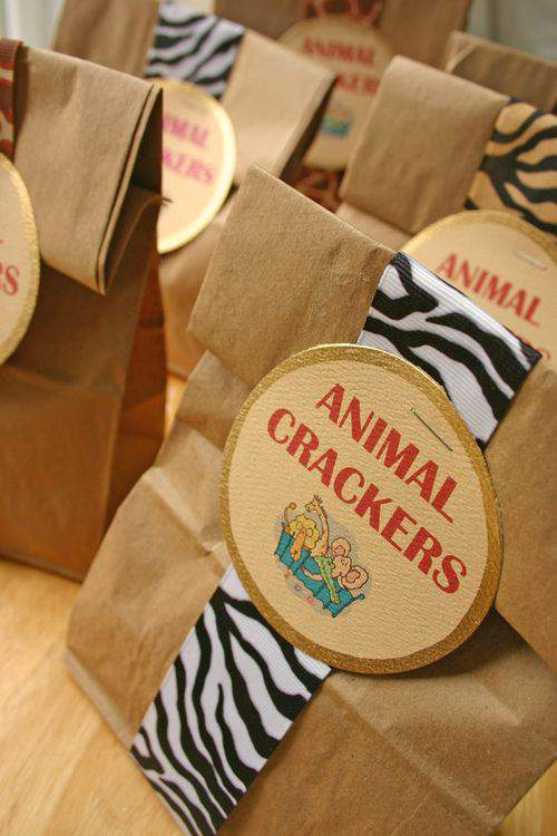 Blog animal crackers title2