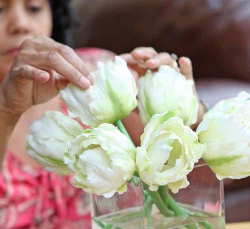 Blog tulips arrangement3