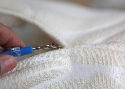 Blog pillow project seam ripper
