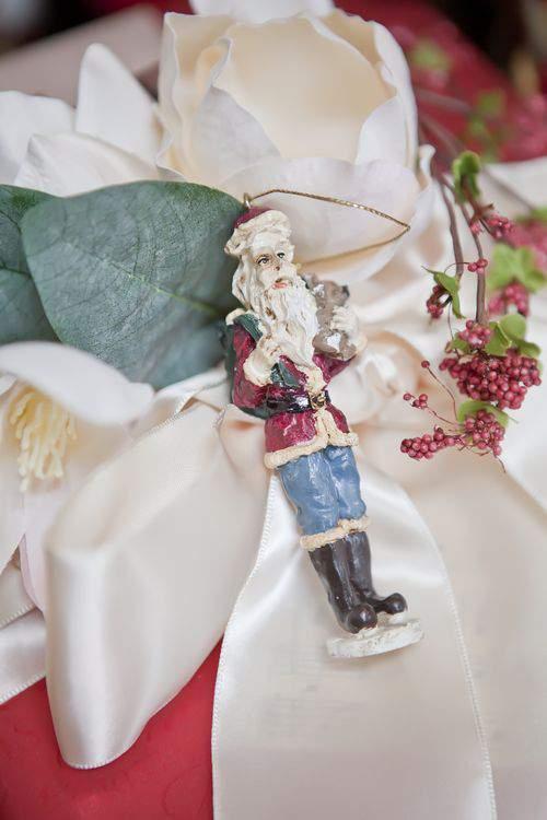 Blog gift wrap santa