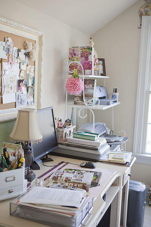 Blog cherry blossoms desk2