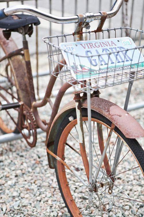 rusty, vintage bike