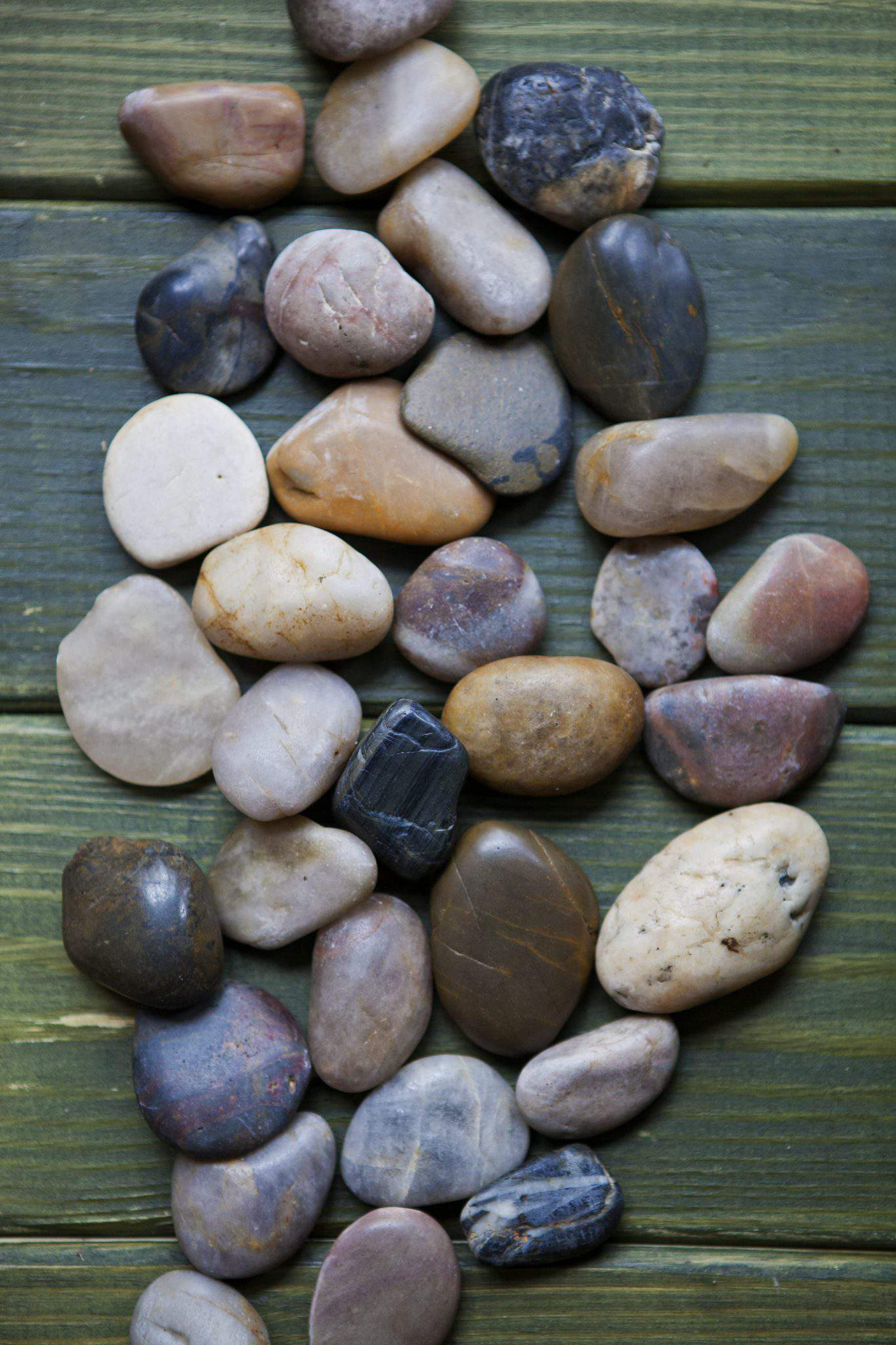 Celebrate creativity for Smooth landscaping rocks