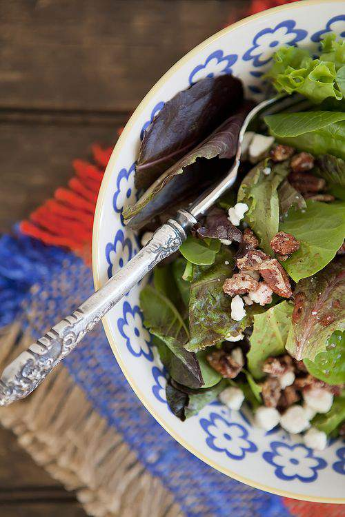 raspberry, pecans, feta cheese salad