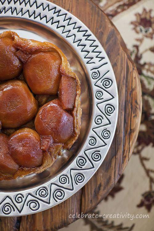 Caramel apple tarte tatin