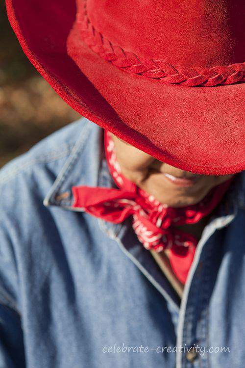 red suede cowgirl hat