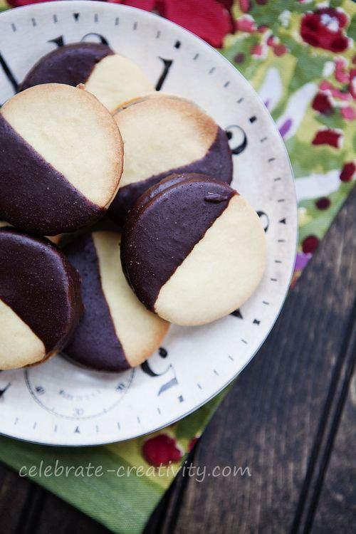 Amadeus cookies plate