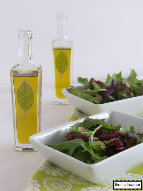 The DIY Dreamer Salad Dispenser