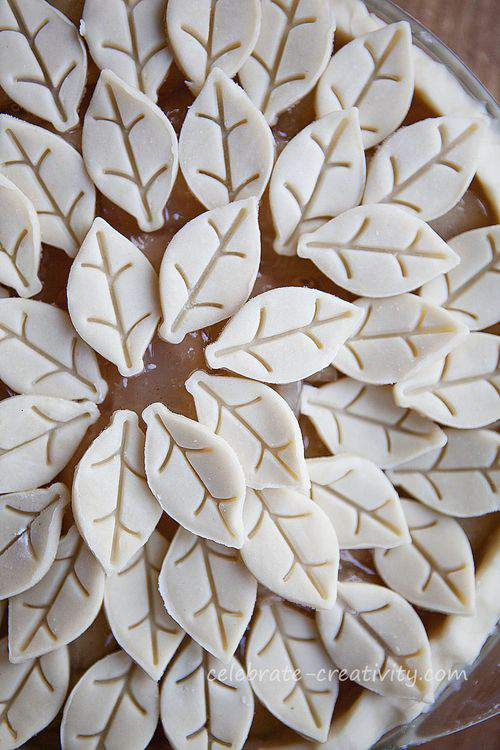 Blog leaf pie arrangement