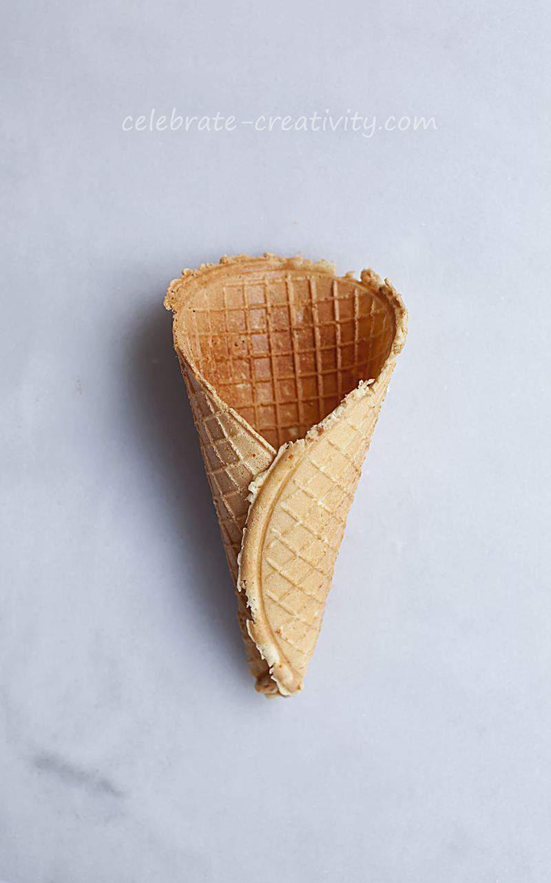 Waffle cones single
