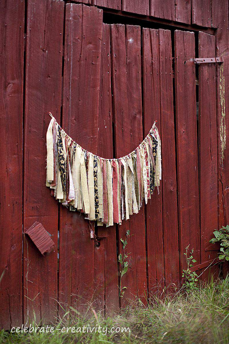 Red barn bunting2