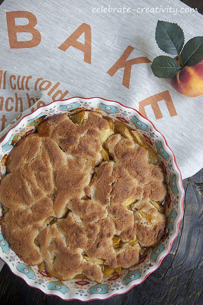 Peach cobbler dish4