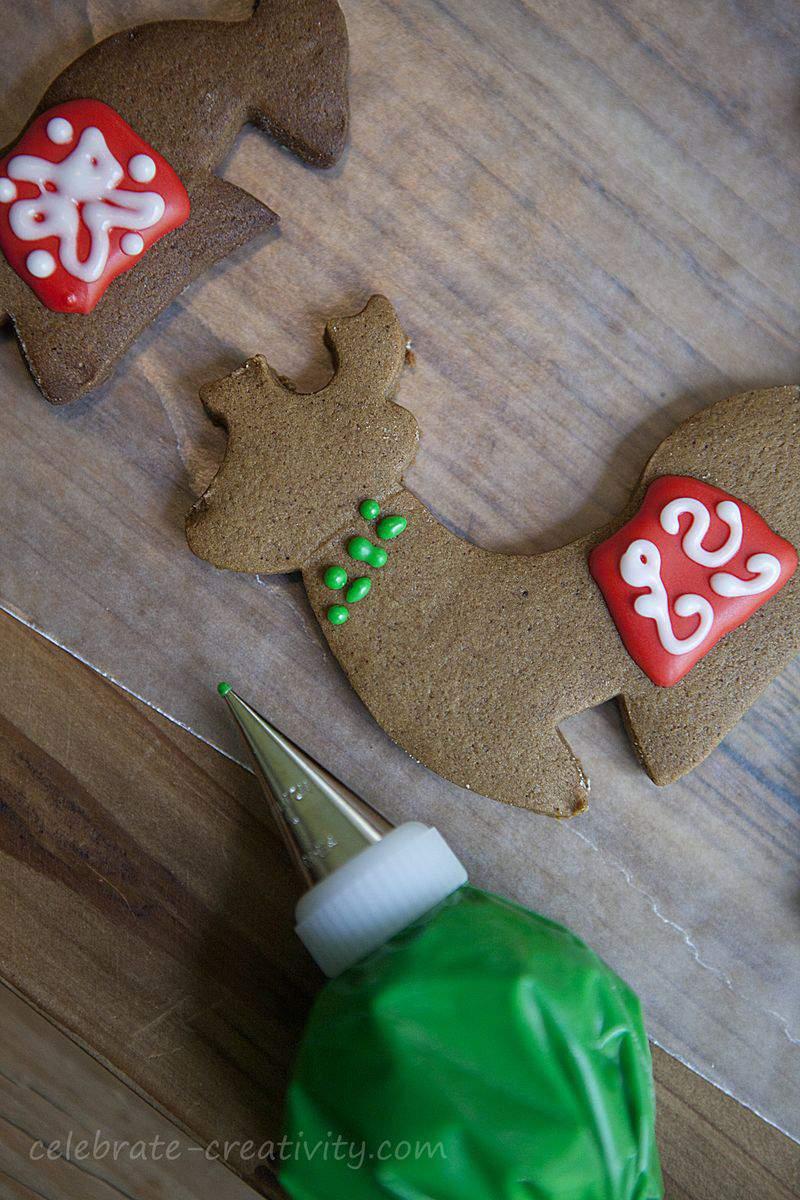 Reindeer cookies icing