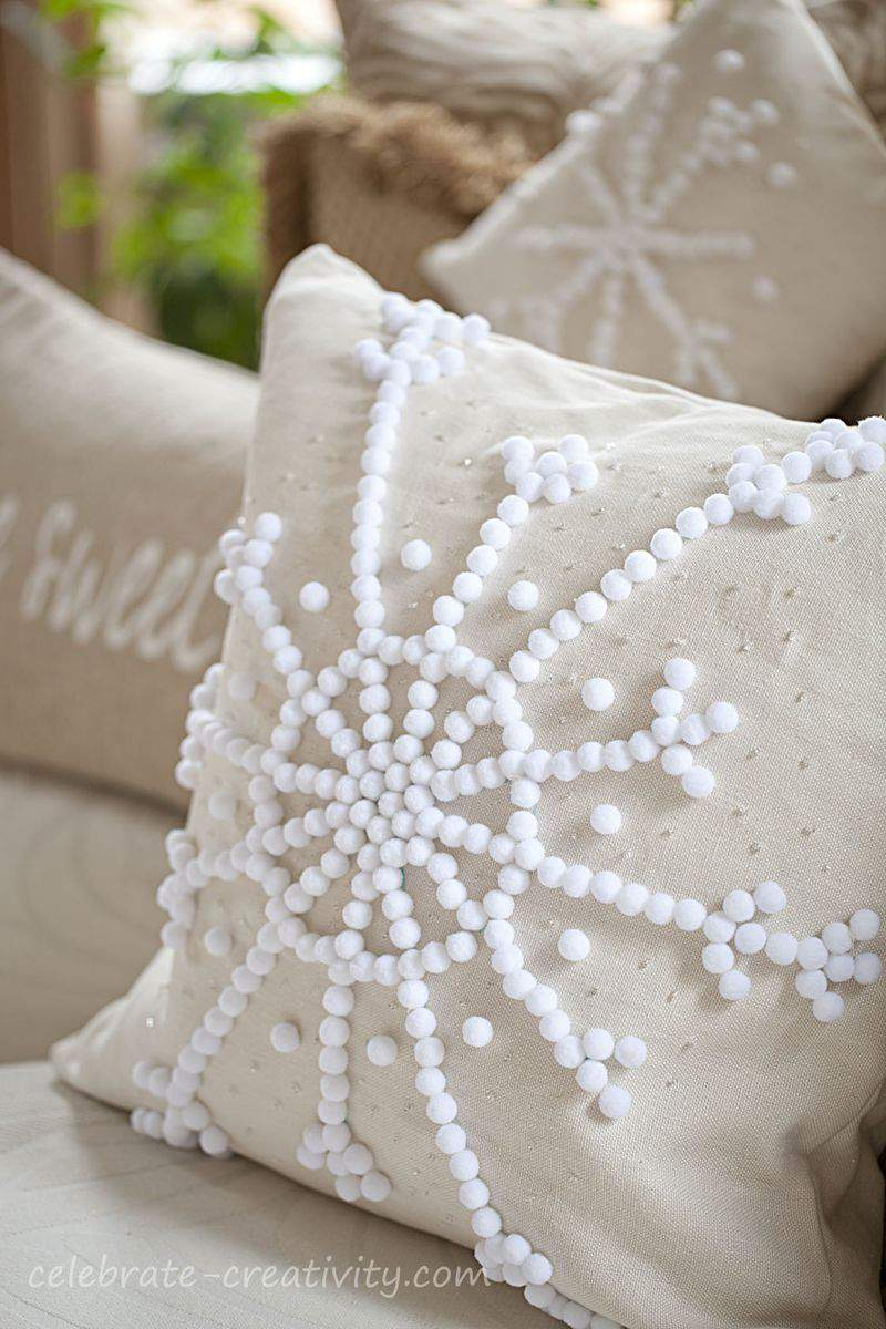 Pillow snowflake sofa