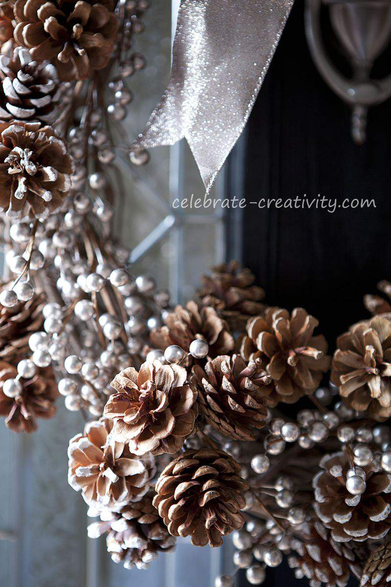 Pinecone wreath 3
