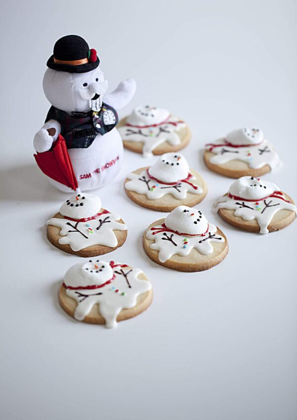 Melted Snowman Cookies COUNTDOWN TO CHRISTMAS HOLIDAY SERIESDay 15