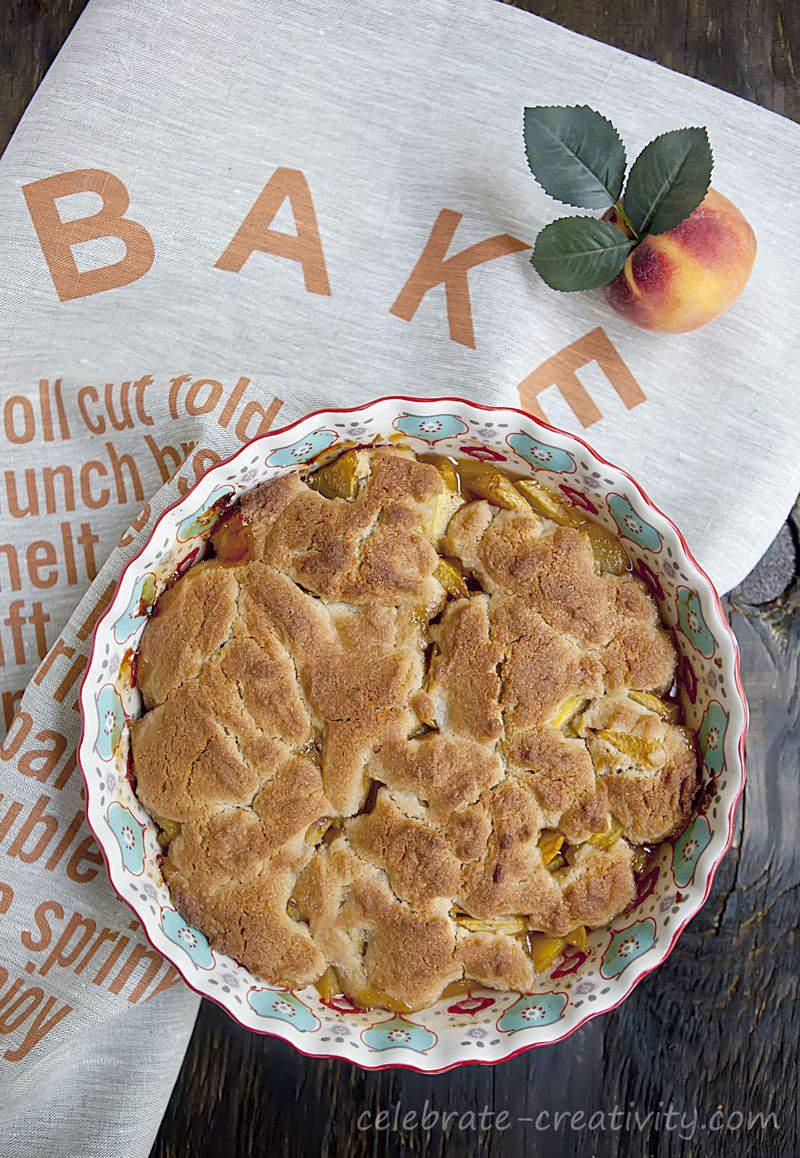 Peach cobbler dish3