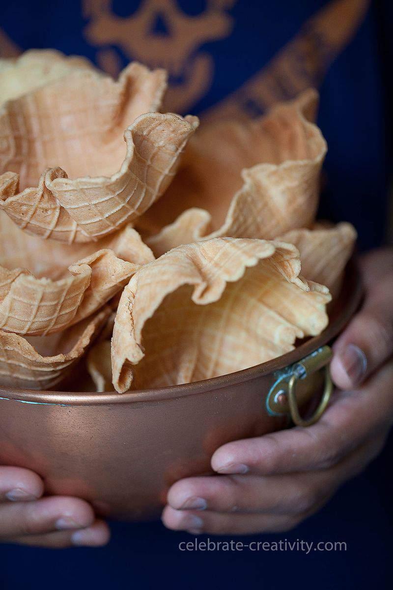 Ec waffle cone big bowl