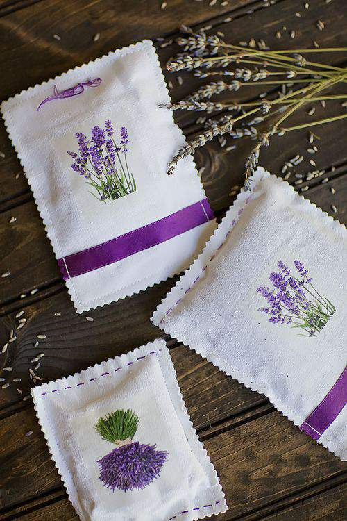 (Real) French Lavender, Scented Sachets and the Awesome Global Reach of Blogging