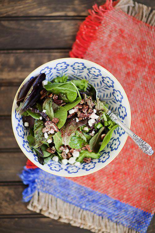 THE FRIDAY FOODIE  Raspberry and Carmelized Pecan Salad