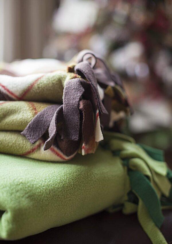 No-Sew Fleece Throw