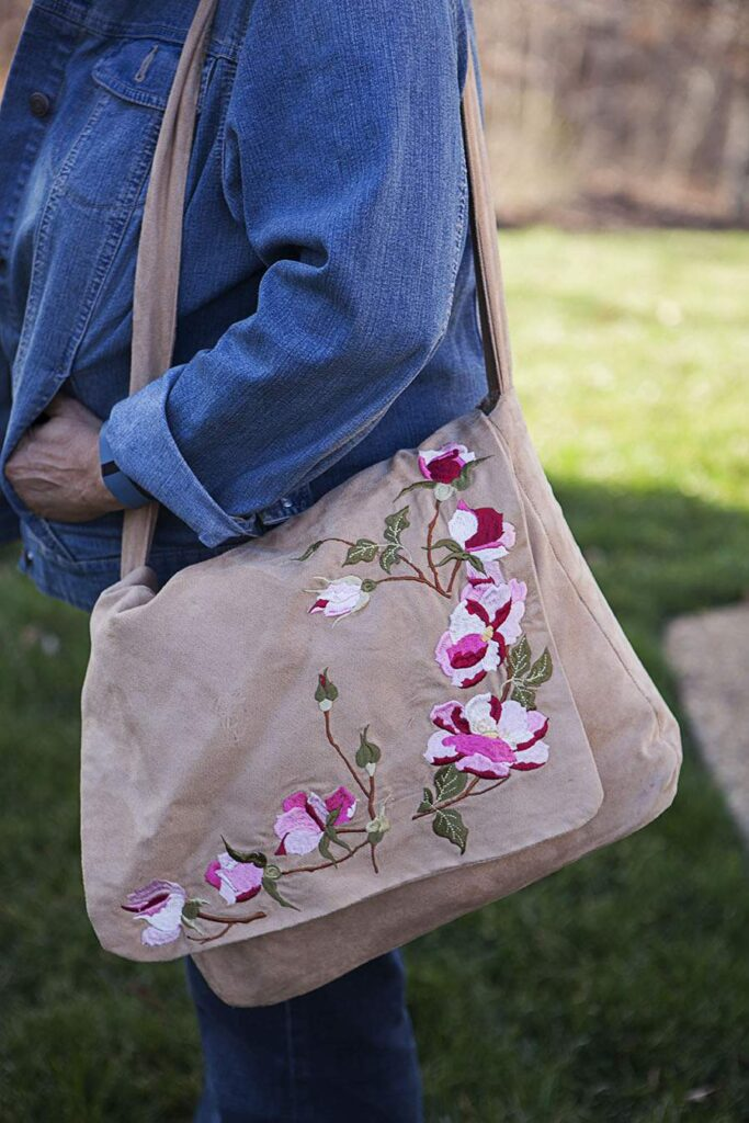 embroidered messenger shoulder bag