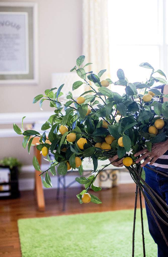 lemon branch bouquet