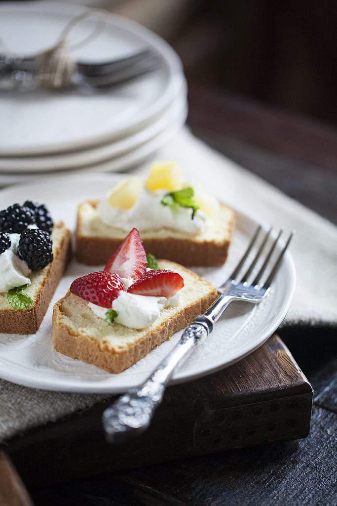 fruit pound cake slice