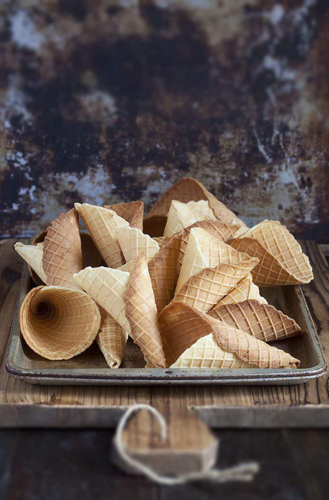 waffle cones tray