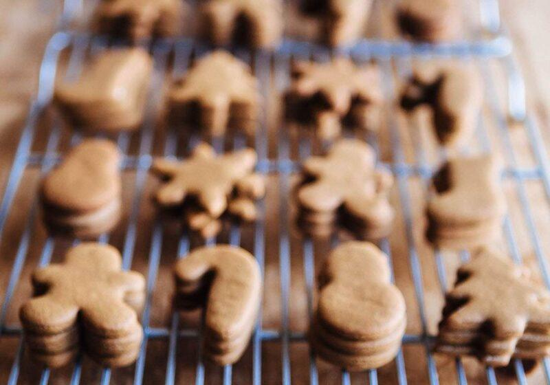 gingerbread mini cookies