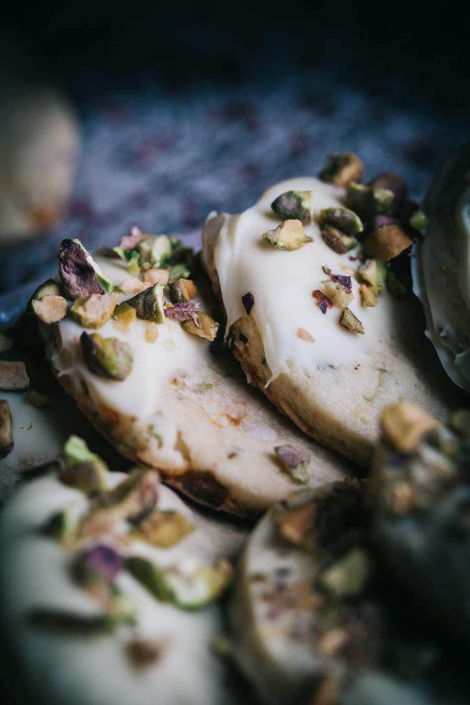 white chocolate and pistachio