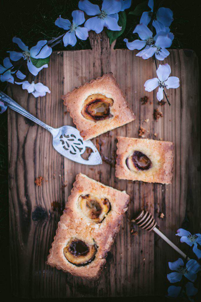 nectarine tart squares