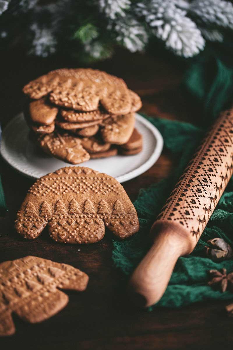 gingerbread sweater shape