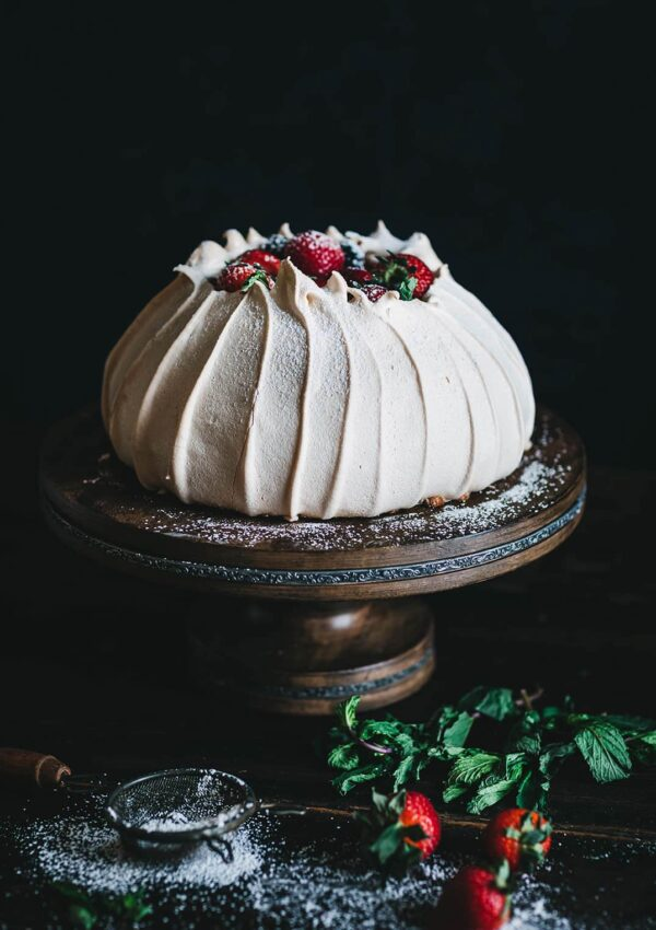 Regal Fruit Pavlova