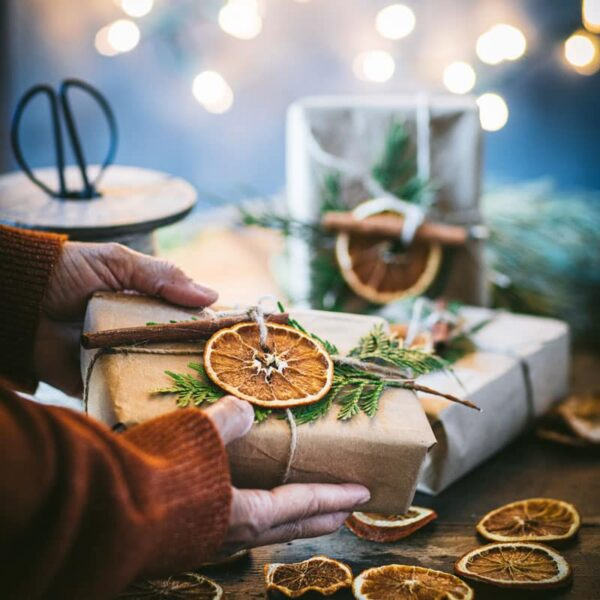 Orange Slices as Gift Decor